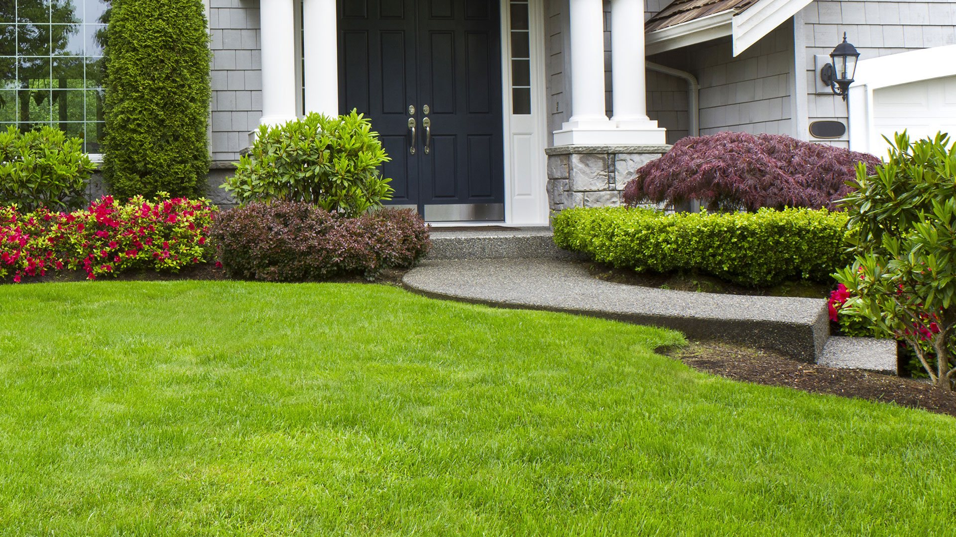 Home pittsburgh garden design lawn maintenance and for Lawn and garden services